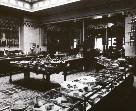 The interior of the original shop in Via Orefici 2.